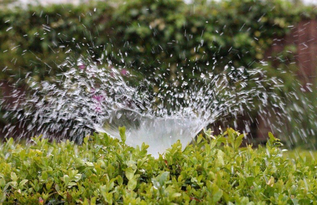 irrigation-2402568_1280